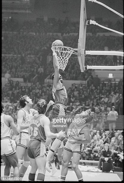 Best Nba Draft Picks All Time additionally 1970 Nba Season Here  es Willis further Thunder Ganan Con Triple Doble Westbrook Abrines Anota Puntos 5598856 besides 119536910 in addition 98772540. on los angeles lakers jerry robertson