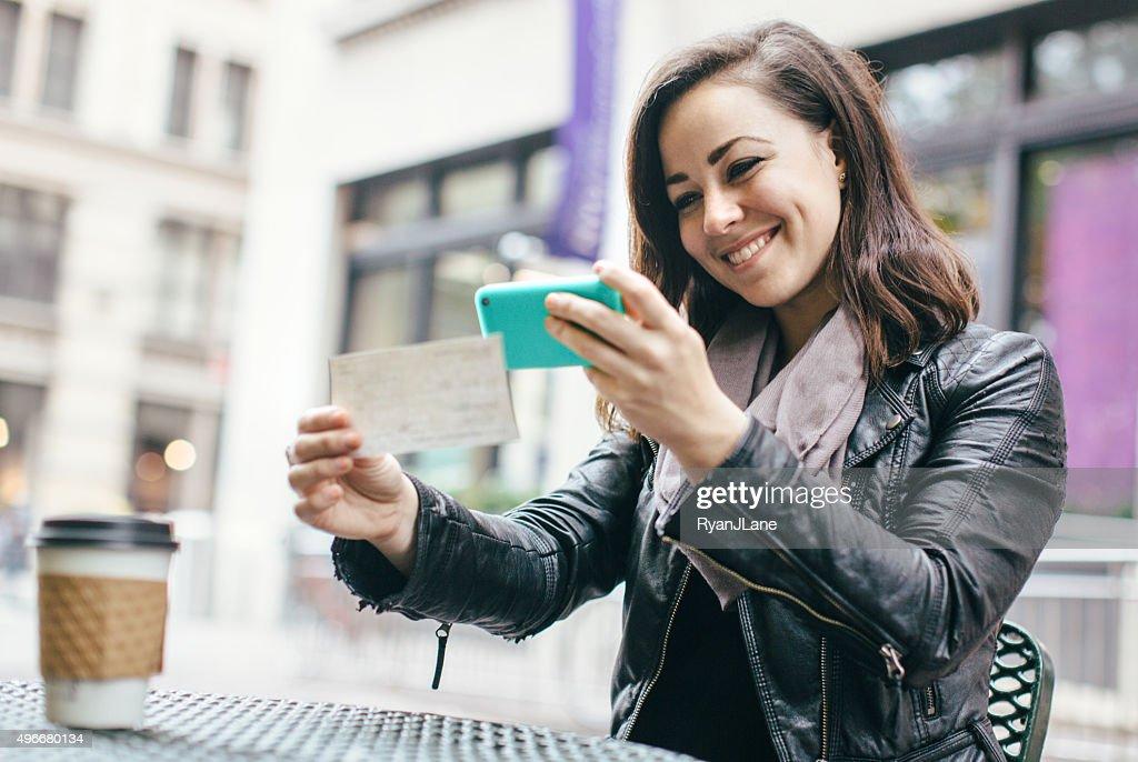 New York Frau verrechnen von-aus der Ferne : Stock-Foto