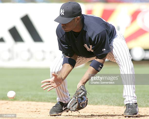 New York Yankees 2nd baseman Robinson Cano fields a ground ball in a spring training game against the Atlanta Braves Saturday March 11 2006 at...