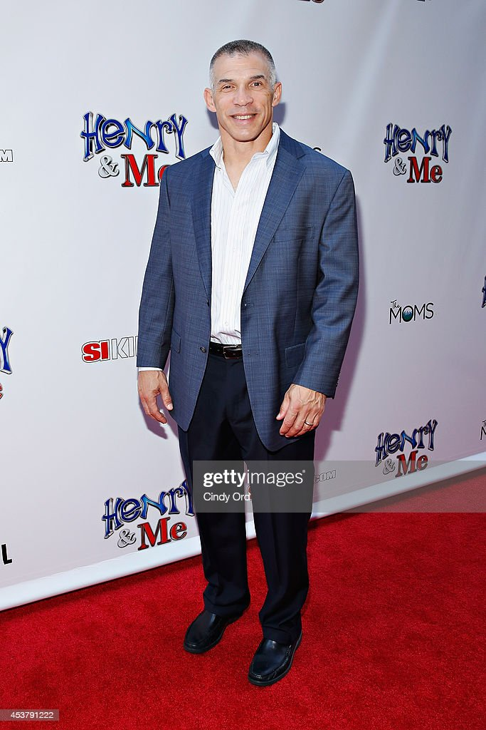 New York Yankees manager <a gi-track='captionPersonalityLinkClicked' href=/galleries/search?phrase=Joe+Girardi&family=editorial&specificpeople=208659 ng-click='$event.stopPropagation()'>Joe Girardi</a> attends the 'Henry & Me' New York Premiere at Ziegfeld Theatre on August 18, 2014 in New York City.