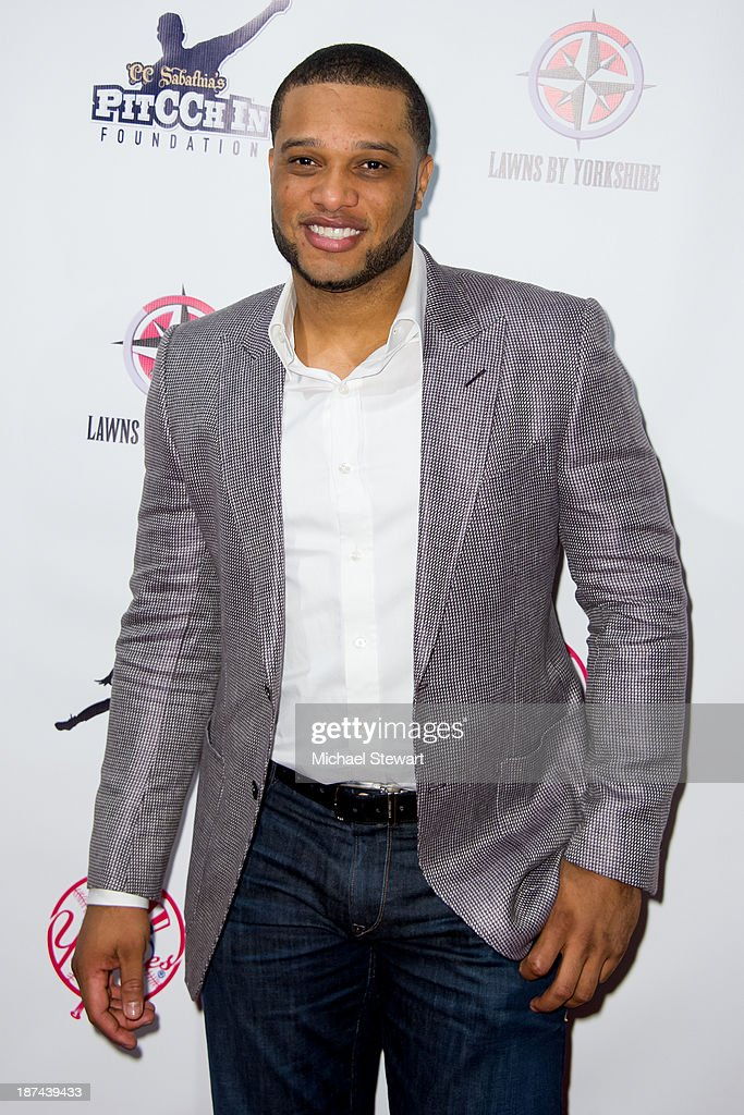 New York Yankees player <a gi-track='captionPersonalityLinkClicked' href=/galleries/search?phrase=Robinson+Cano&family=editorial&specificpeople=538362 ng-click='$event.stopPropagation()'>Robinson Cano</a> attends the PitCCh In Foundation 2013 Challenge Rules Party at Luxe at Lucky Strike Lanes on November 8, 2013 in New York City.