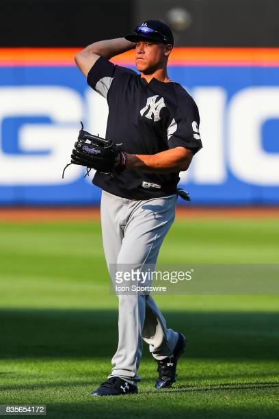 New York Yankees right fielder Aaron Judge warms up prior to the Major League Baseball game between the New York Mets and the New York Yankees on...
