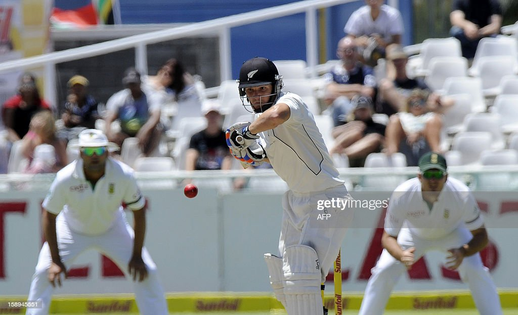 New Zealand batsman BJ Watling lets a wide go during day 3 of the first Test match between South Africa and New Zealand, in Cape Town at Newlands, on January 4, 2013.
