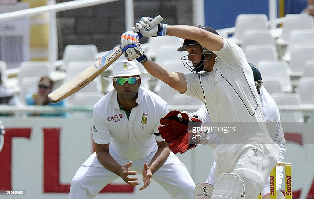 New Zealand batsman BJ Watling plays a shot during day 3 of the first Test match between South Africa and New Zealand, in Cape Town at Newlands, on January 4, 2013.