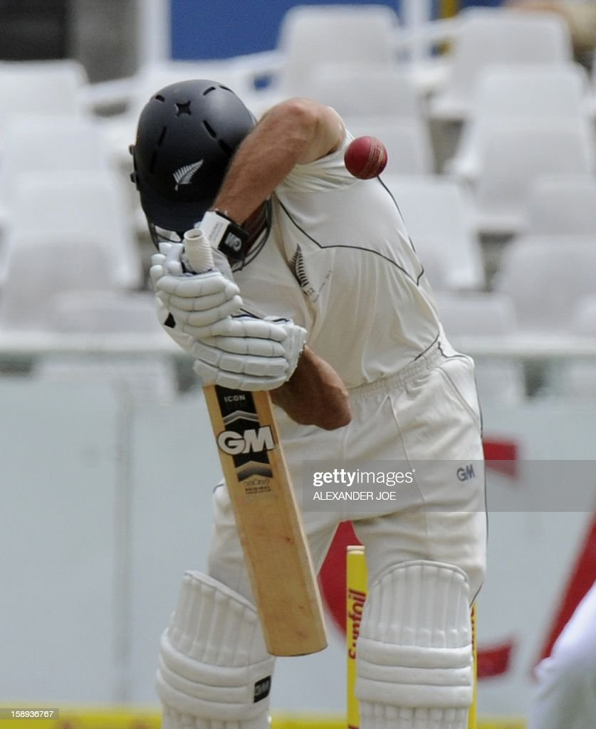 New Zealand batsman BJ Watling plays a shot on day 3 of the first Test match between South Africa and New Zealand, in Cape Town at Newlands on January 4, 2013.