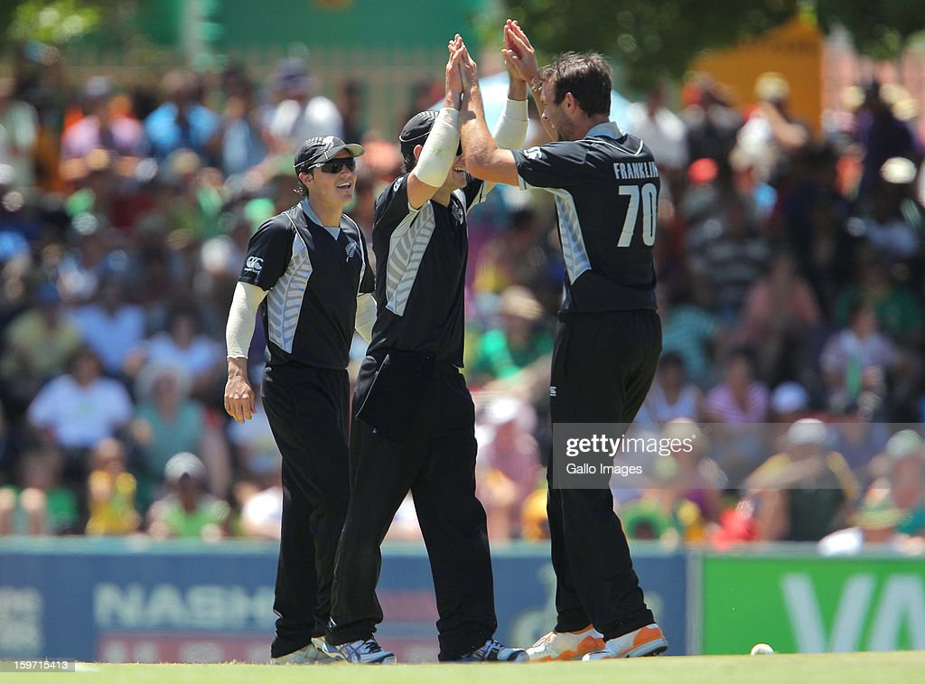 New Zealand celebrates the wicket of Quinton de Kock from the Proteas during the 1st One Day International match between South Africa and New Zealand at Boland Park on January 19, 2013 in Paarl, South Africa