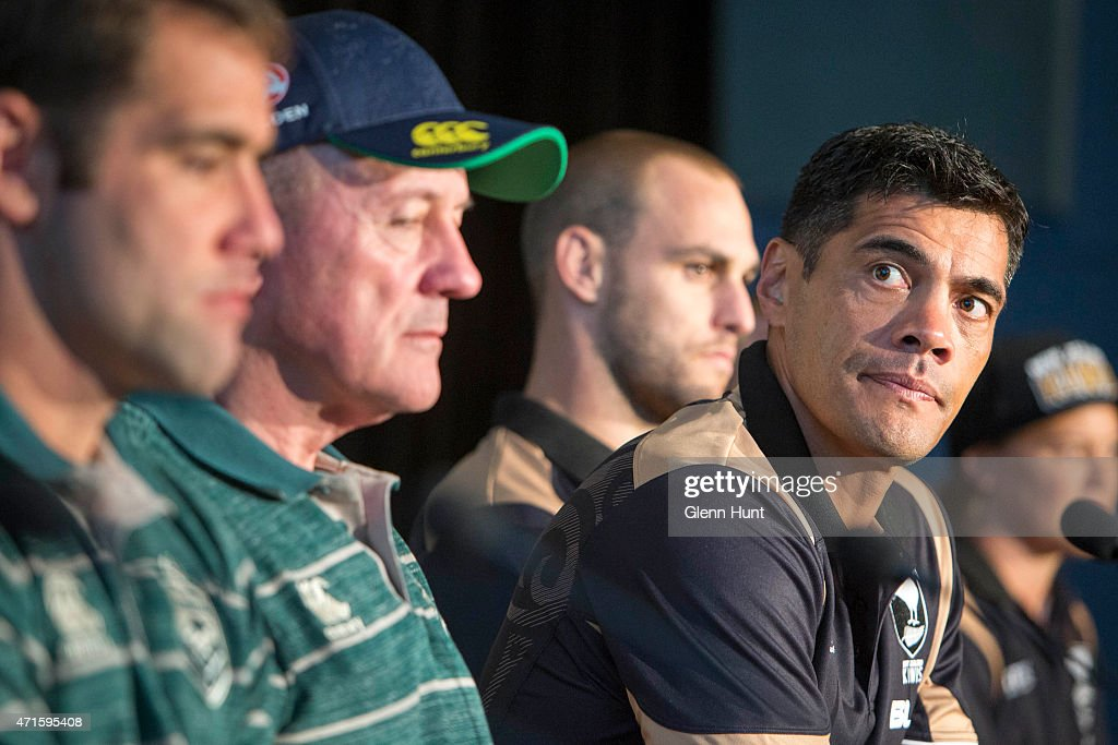 New Zealand coach Stephen Kearney (R) speaks to the media ahead of the international Test match during a press conference at Suncorp Stadium on April 30, 2015 in Brisbane, Australia.