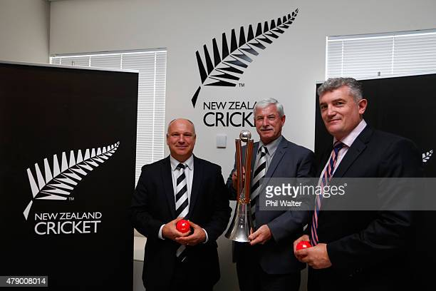 New Zealand Cricket CEO David White board member Sir Richard Hadlee and players association chief executive Heath Mills pose with the ChappellHadlee...