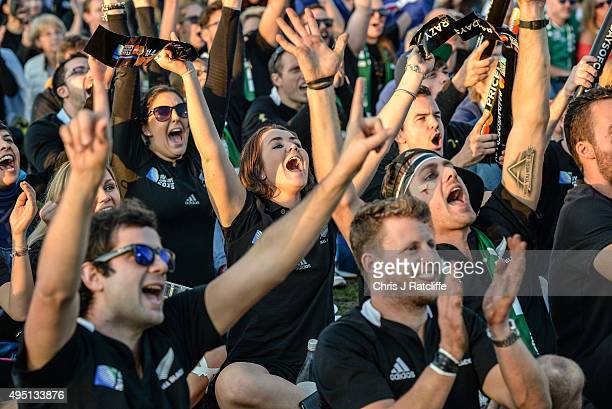New Zealand fans celebrate during the Rugby World Cup Final match between the New Zealand All Blacks and Australia Wallabies at Richmond Park Fan...