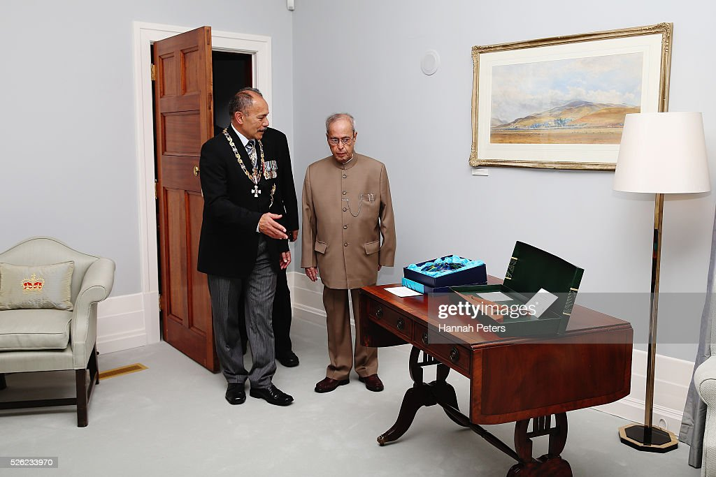New Zealand Governor-General Sir Jerry Mateparae speaks with Indian President Shri Pranab Mukherjee following a ceremony of welcome at Government House on April 30, 2016 in Auckland, New Zealand. It is the first time an Indian President has visited New Zealand.