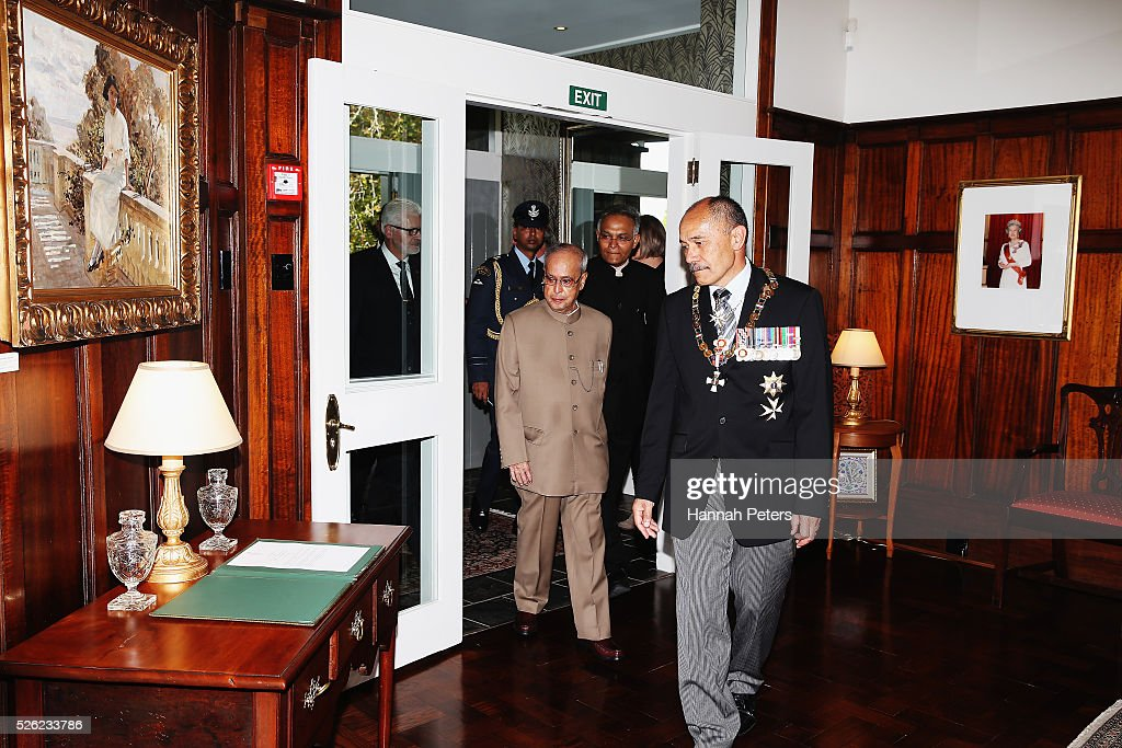 New Zealand Governor-General Sir Jerry Mateparae welcomes Indian President Shri <a gi-track='captionPersonalityLinkClicked' href=/galleries/search?phrase=Pranab+Mukherjee&family=editorial&specificpeople=565924 ng-click='$event.stopPropagation()'>Pranab Mukherjee</a> following a ceremony of welcome at Government House on April 30, 2016 in Auckland, New Zealand. It is the first time an Indian President has visited New Zealand.