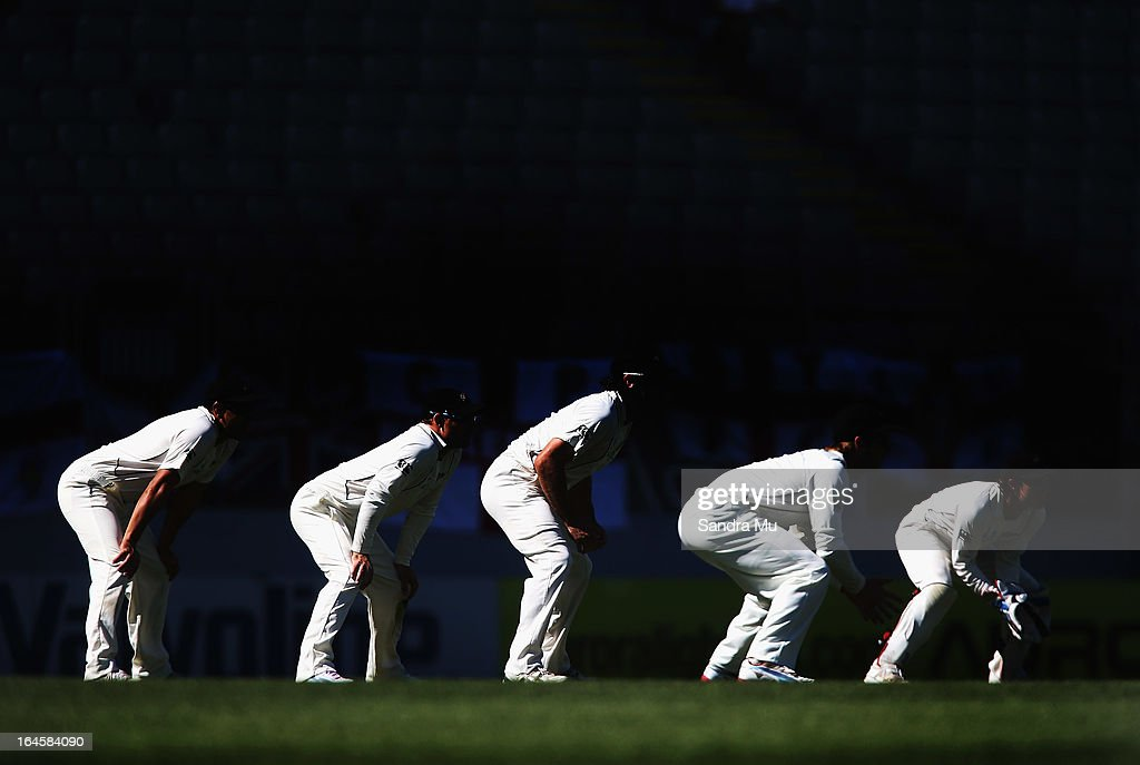 New Zealand line up in the slips during day four of the Third Test match between New Zealand and England at Eden Park on March 25, 2013 in Auckland, New Zealand.