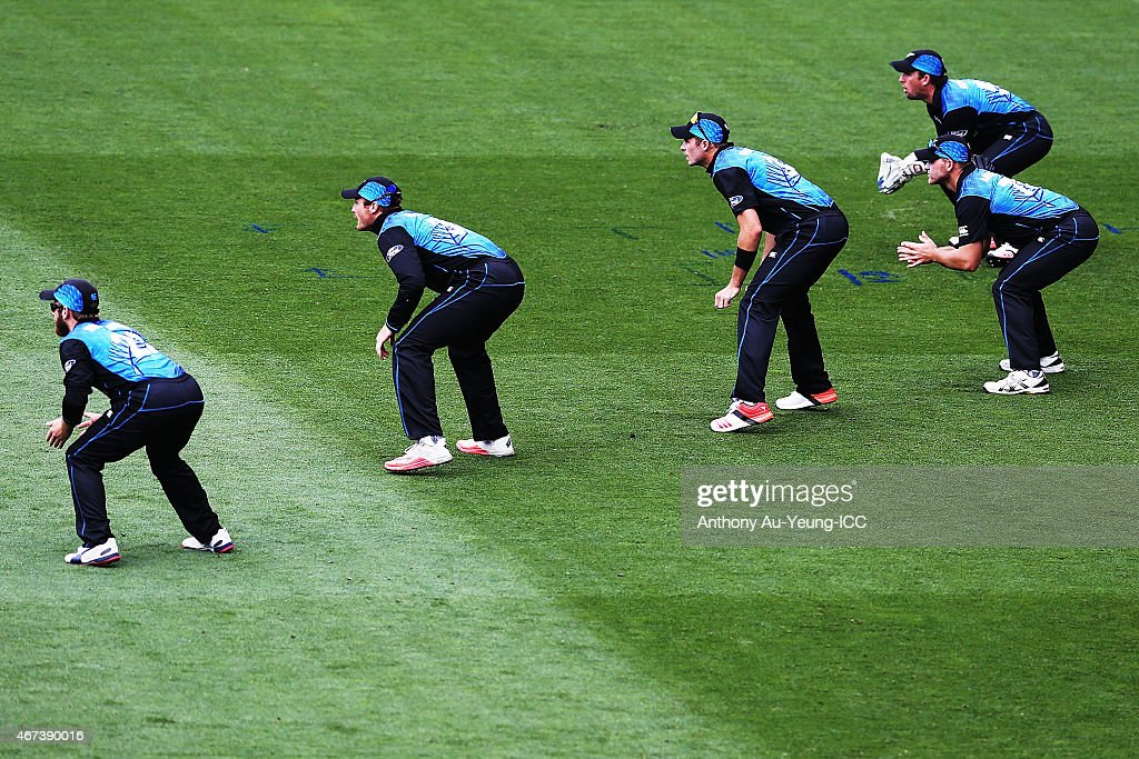 New Zealand players get into their fielding positions during the 2015 Cricket World Cup Semi Final match between New Zealand and South Africa at Eden...