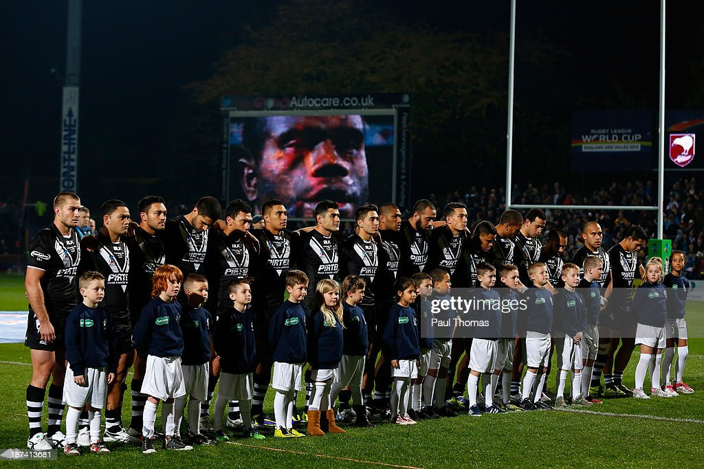 New Zealand players line-up before the Rugby League World Cup Group B match at Headingley Stadium on November 8, 2013 in Leeds, England.