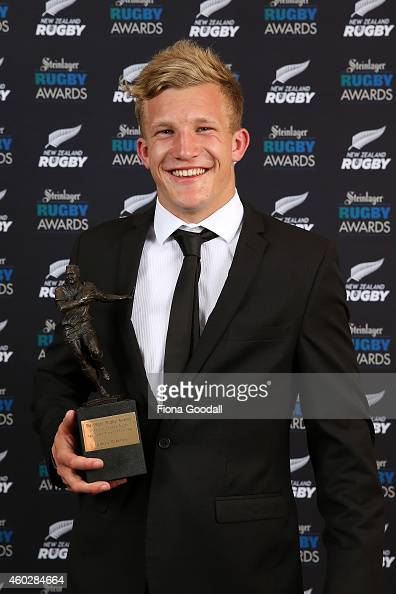 Chat thread - Page 3 New-zealand-rugby-age-grade-player-of-the-year-damien-mckenzie-at-the-picture-id460284664?s=594x594