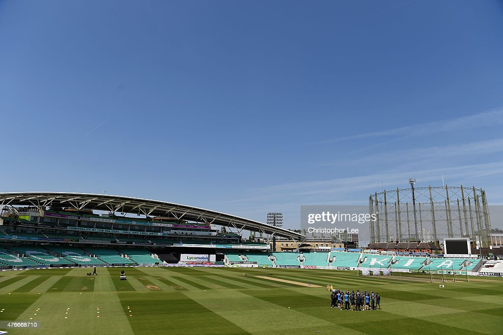 New Zealand team get into a group as they start their Nets Session at The Kia Oval on June 11, 2015 in London, England.