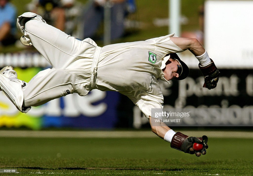 New Zealand wicketkeeper Brendon McCullu : News Photo