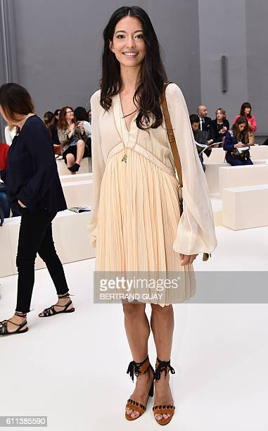 New Zealander ballet dancer Hannah O'Neill arrives for the 2017 Spring/Summer readytowear collection fashion show by Chloe on September 29 2016 in...