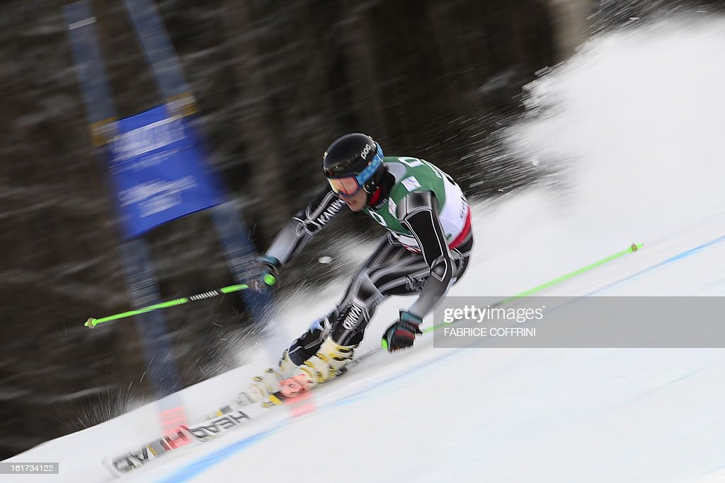 New Zealand's Adrian Barwood skis during the first run of the men's Giant slalom at the 2013 Ski World Championships in Schladming, Austria on February 15, 2013. AFP PHOTO / FABRICE COFFRINI