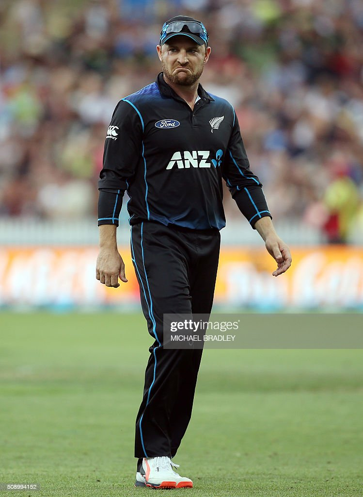 New Zealand's Brendon McCullum reacts during the third one-day international cricket match between New Zealand and Australia at Seddon Park in Hamilton on February 8, 2016. AFP PHOTO / MICHAEL BRADLEY / AFP / MICHAEL BRADLEY