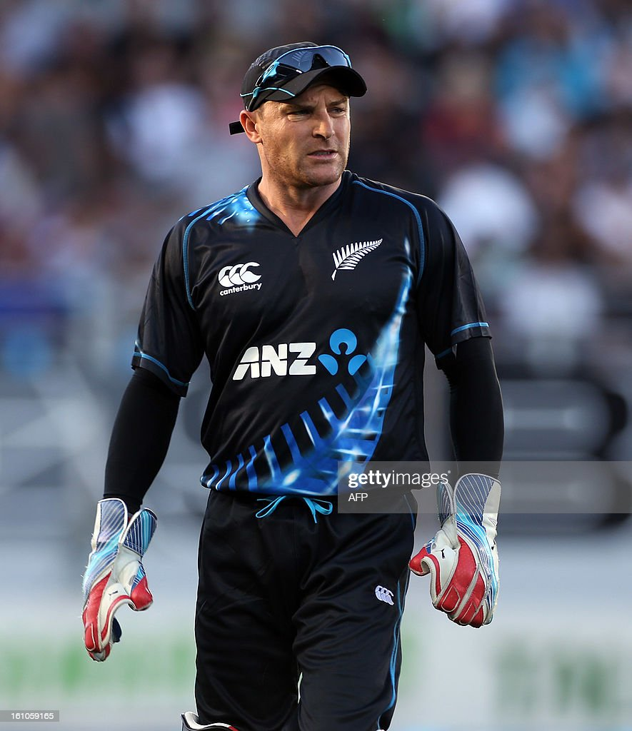 New Zealand's captain and wicket keeper Brendon McCullum looks on during the International Twenty20 cricket match between New Zealand and England played at Eden Park in Auckland on Febuary 9, 2013. AFP PHOTO / Michael BRADLEY