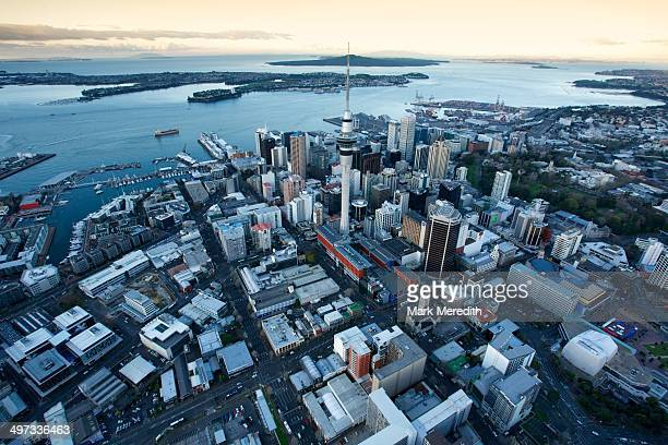 New Zealand's Cities & Landmarks