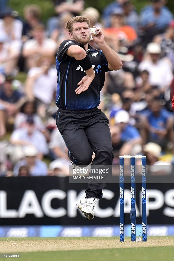 New Zealand's <a gi-track='captionPersonalityLinkClicked' href=/galleries/search?phrase=Corey+Anderson+-+Cricket+Player&family=editorial&specificpeople=12457249 ng-click='$event.stopPropagation()'>Corey Anderson</a> bowls during the first one day international cricket match between New Zealand and Sri Lanka at the Hagley Park Oval in Christchurch on January 11, 2015.