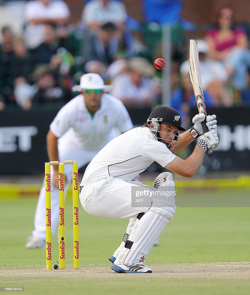 New Zealand's Daniel Flynn bats on January 12, 2013 on the second day of the second and final Test against South Africa at St George's Park in Port Elizabeth. PHOTO /Anesh Debiky