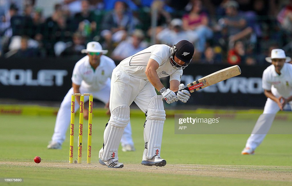 New Zealand's Daniel Flynn bats on January 12, 2013 on the second day of the second and final Test against South Africa between South Africa and New Zealand at St George's Park in Port Elizabeth. PHOTO /Anesh Debiky