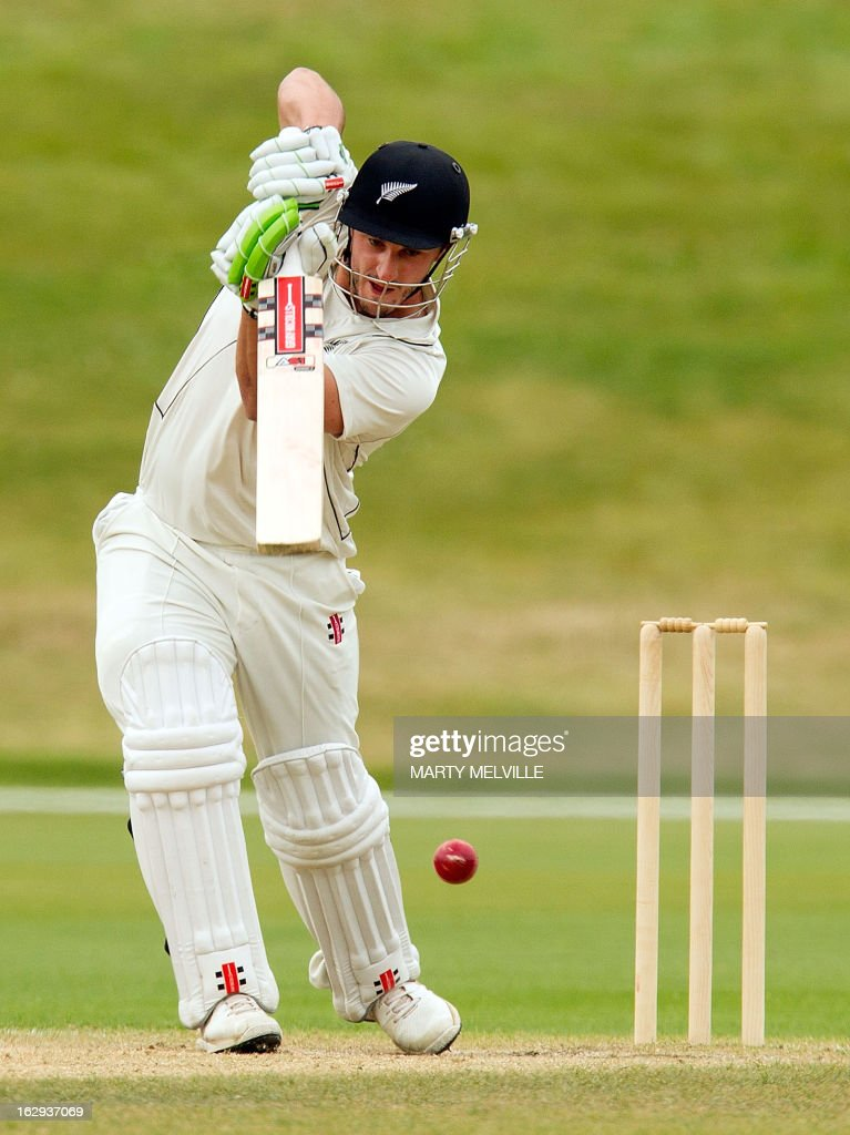 New Zealand's Hamish Rutherford bats during day four of the four day warm-up international cricket match between New Zealand XI and England in Queenstown on March 2, 2013. AFP PHOTO / Marty MELVILLE