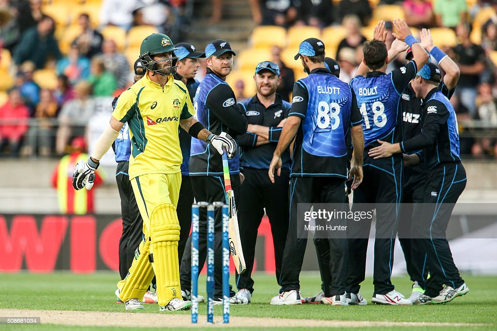 New Zealnd team mates celebrate the wicket of <a gi-track='captionPersonalityLinkClicked' href=/galleries/search?phrase=Glenn+Maxwell&family=editorial&specificpeople=752174 ng-click='$event.stopPropagation()'>Glenn Maxwell</a> of Australia during game two of the one day international series between New Zealand and Australia at Westpac Stadium on February 6, 2016 in Wellington, New Zealand.