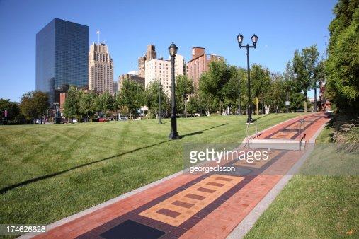 'Newark, NJ'