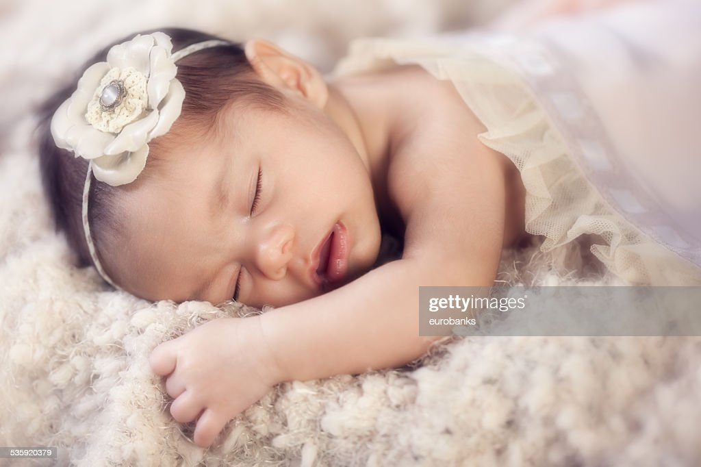 Newborn baby girl sleeping potrait : Stock Photo
