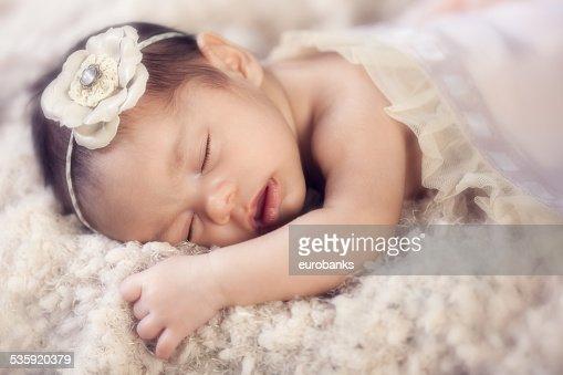 Newborn baby girl sleeping potrait : Stock Photo