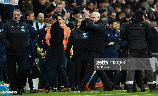 Newcastle manager Alan Pardew applauds the crowd after the Barclays Premier League match between Newcastle United and Everton at St James' Park on...