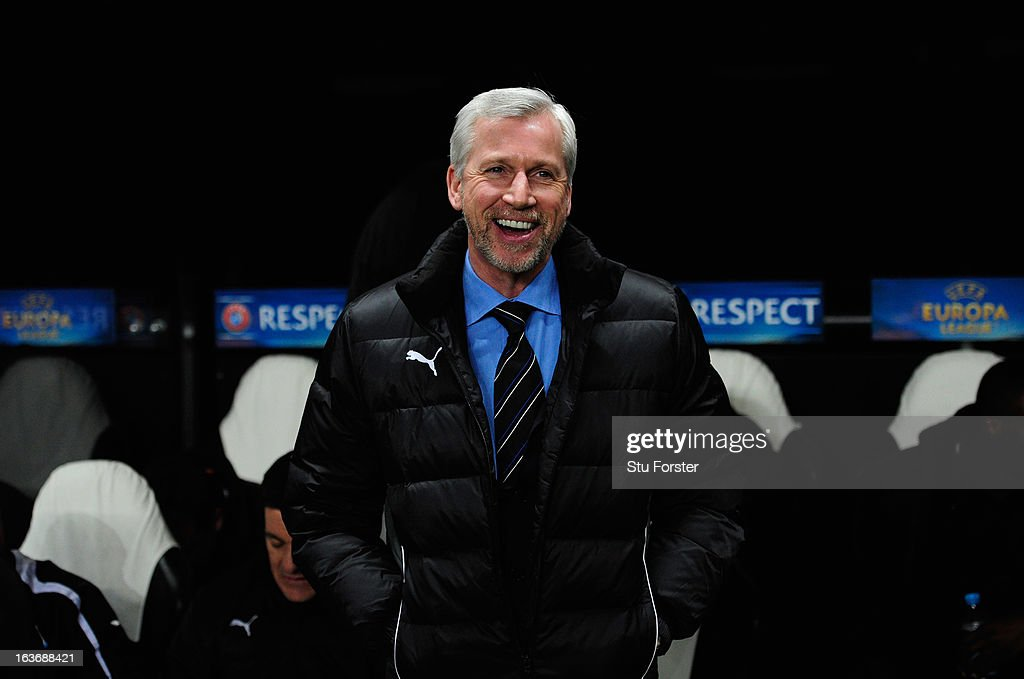 Newcastle manager <a gi-track='captionPersonalityLinkClicked' href=/galleries/search?phrase=Alan+Pardew&family=editorial&specificpeople=171147 ng-click='$event.stopPropagation()'>Alan Pardew</a> raises a smile before the UEFA Europa League Round of 16 second leg match between Newcastle United FC and FC Anji Makhachkala at St James' Park on March 14, 2013 in Newcastle upon Tyne, England.