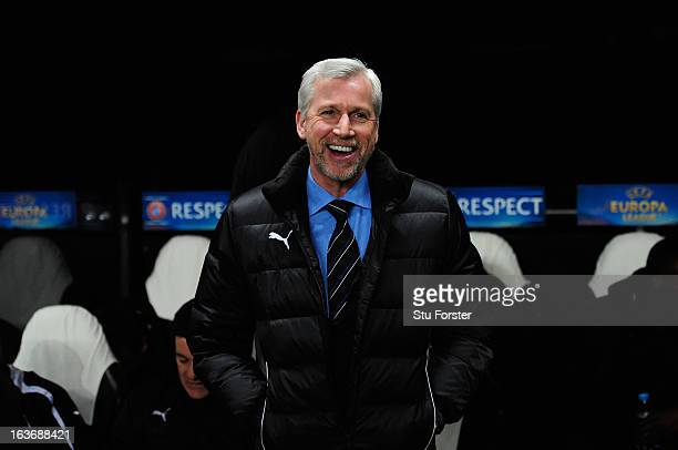 Newcastle manager Alan Pardew raises a smile before the UEFA Europa League Round of 16 second leg match between Newcastle United FC and FC Anji...