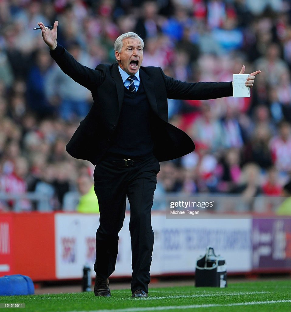 Newcastle manager Alan Pardew shouts instructions during the Barclays Premier League match between Sunderland and Newcastle United at the Stadium of Light on October 21, 2012 in Sunderland, England.