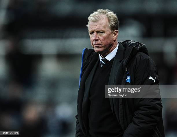 Newcastle Manager Steve McClaren stands pitch side during the Barclays Premier League match between Newcastle United and Leicester City at StJames'...