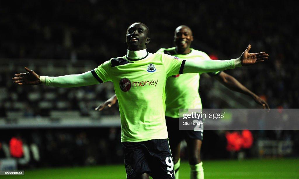 Newcastle United FC v FC Girondins de Bordeaux - UEFA Europa League