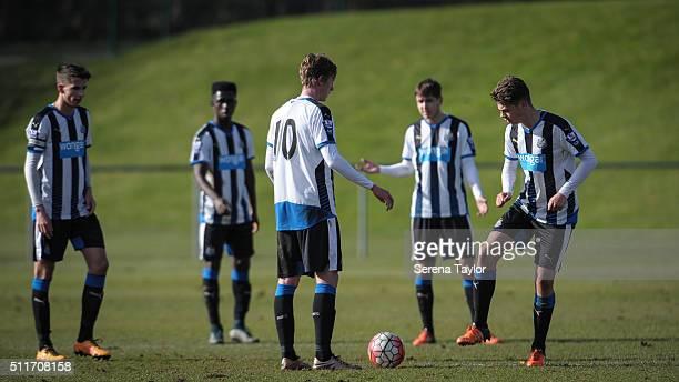 Newcastle players seen LR Dan Barlaser Gideon AduPeprah Sean Longstaff Liam Smith and Lewis McNall kick off during The Barclays Under 21 Premier...