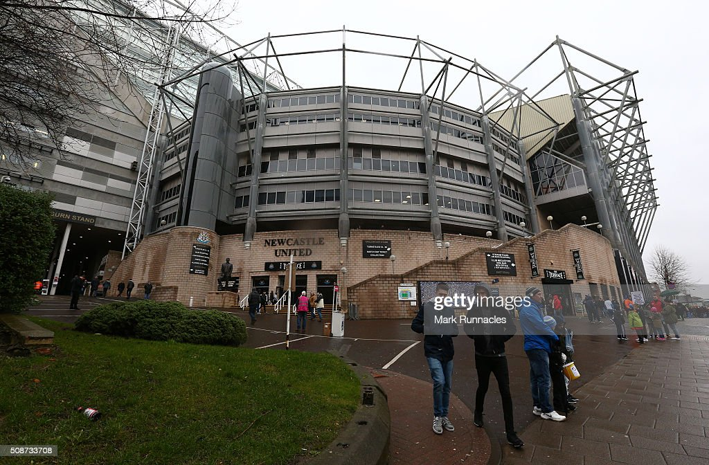 Newcastle United fans ahead of the Barclays Premier League match between Newcastle United FC and West Bromwich Albion FC at St James' Park on February 6, 2016 in Newcastle Upon Tyne, England.