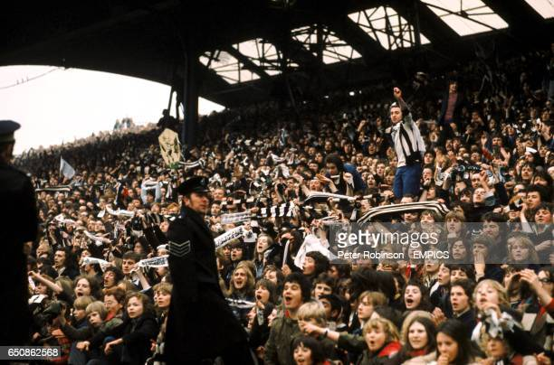 Newcastle United fans wait for the team to emerge with the InterCities Fairs Cup which they won by beating Ujpest Dozsa
