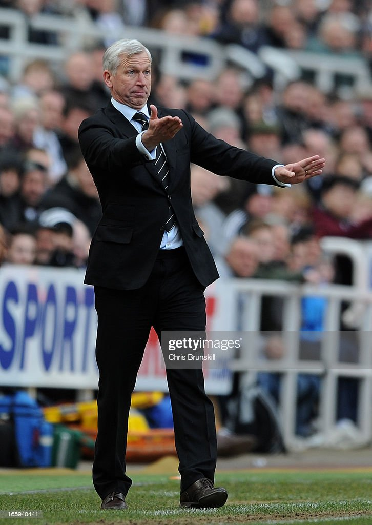 Newcastle United manager Alan Pardew gestures from the touchline during the Barclays Premier League match between Newcastle United and Fulham at St James' Park on April 7, 2013 in Newcastle upon Tyne, England.