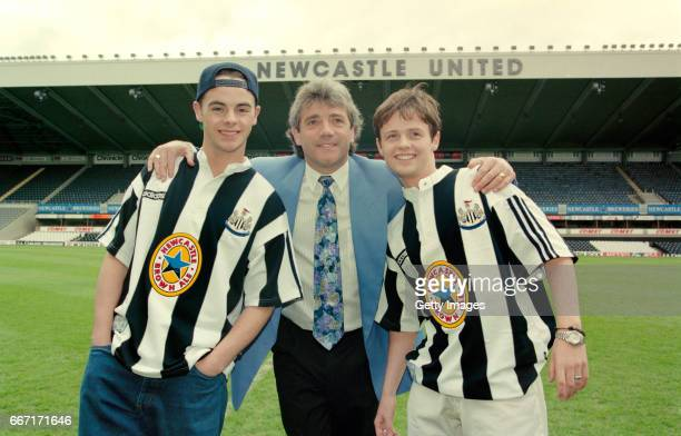 Newcastle United manager Kevin Keegan is joined by entertainers Ant and Dec at the launch at St James' Park on May 10 1995 of the new adidas 'grandad...