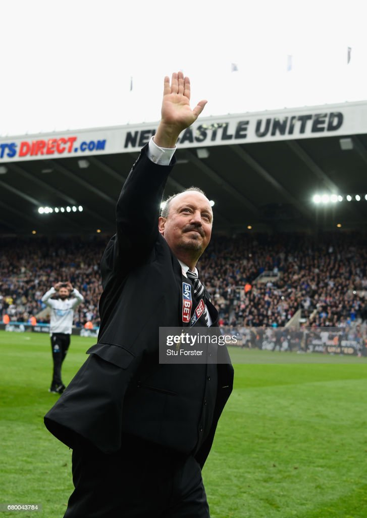 Newcastle United manager Rafa Benitez celebrates after winning the Sky Bet Championship Title after the match between Newcastle United and Barnsley at St James' Park on May 7, 2017 in Newcastle upon Tyne, England.