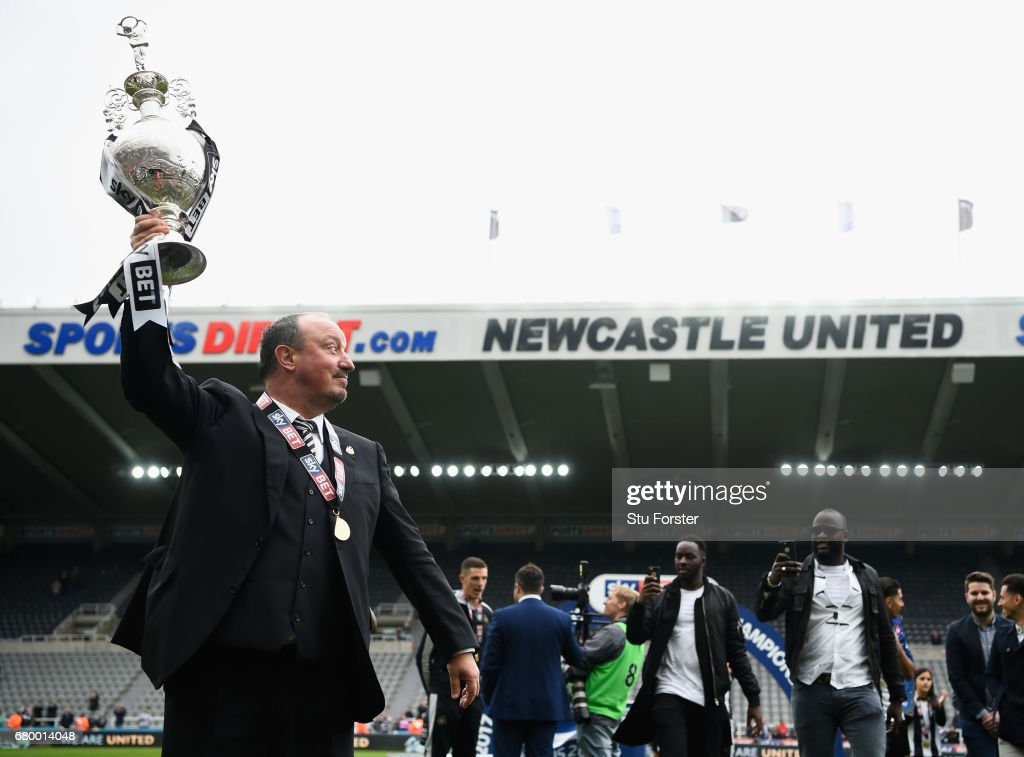 Newcastle United manmager Rafa Benitez celebrates after winning the Sky Bet Championship Title after the match between Newcastle United and Barnsley at St James' Park on May 7, 2017 in Newcastle upon Tyne, England.