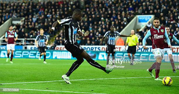 Newcastle United player Moussa Sissoko scores their third goal during the Barclays Premier League match between Newcastle United and Burnley at St...