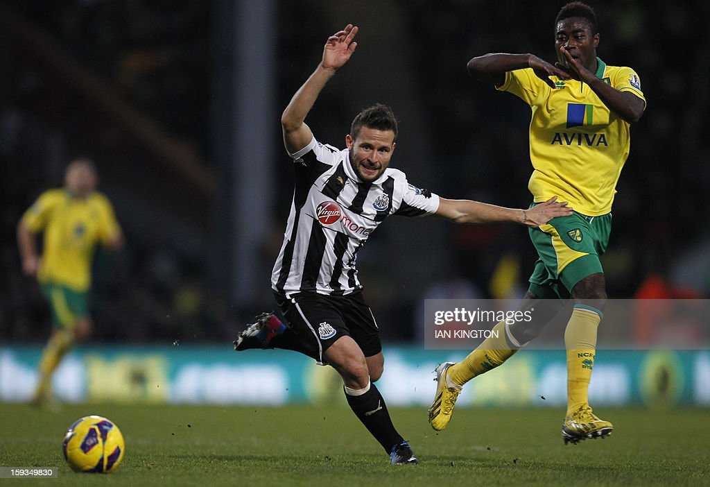 """Newcastle United's French midfielder Yohan Cabaye (L) vies with Norwich City's Norwegian midfielder Alexander Tettey (R) during the English Premier League football match between Norwich City and Newcastle United at Carrow Road in Norwich, eastern England, on January 12, 2013. USE. No use with unauthorized audio, video, data, fixture lists, club/league logos or """"live"""" services. Online in-match use limited to 45 images, no video emulation. No use in betting, games or single club/league/player publications."""