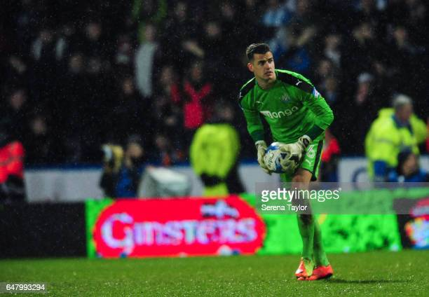 Newcastle United's Goalkeeper Karl Darlow holds on to the ball during the Sky Bet Championship Match between Huddersfield Town and Newcastle United...